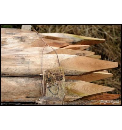 Hel hegnspæl i Robinie træ Ø8-10 cm.