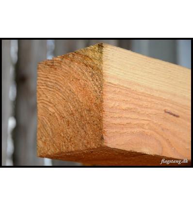 Tømmer i lærketræ 100 x 100 mm