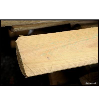 Trykimprægneret halve rafter Ø10 cm.