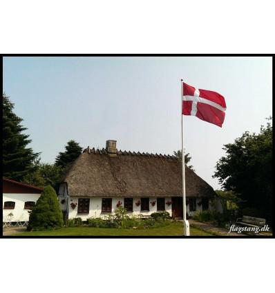 Hvid træflagstang